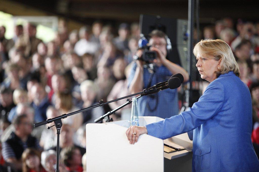 Ministerpraesidentin Kraft spricht auf der DGB Veranstaltung in Dortmund
